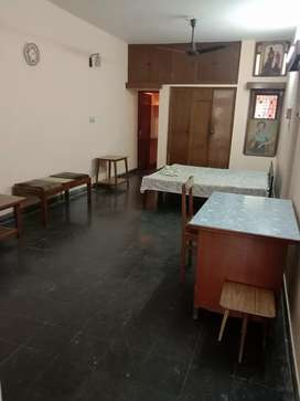 1 Big Room Semi furnished available in Sector 35/D Chandigarh.