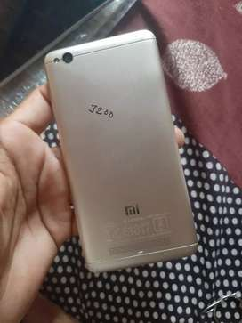 MI 4a 2/16. Mi5a 2/16 out of warnty only phone good condition