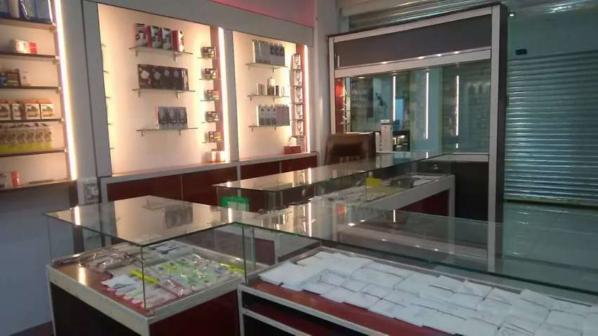 Mobile shop Urgent Sale Hot Location Dubai Tower 0
