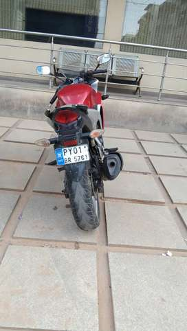 CBR 250R - one person used, Regulary Serviced, new tyre +chain kit