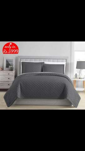 Diamond bed spread quilted
