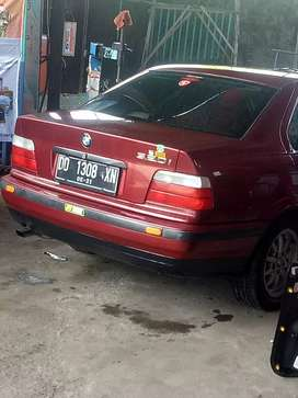 Bmw 320 i th 95 murah