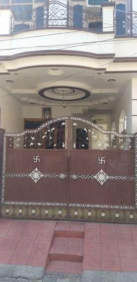 214 gaj corner kothi for sale in guru nanak nagar st.no.6