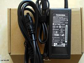 Adaptor Charger Laptop Toshiba 19V 3,42A 5,5x2,5mm