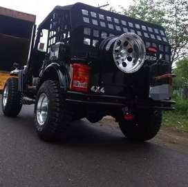 Close modified willy jeep