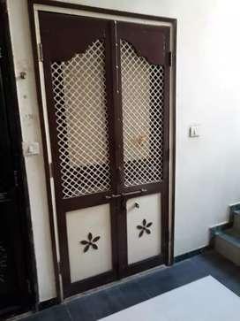 2 bhk flat near sargasan, 2 balcony 2 bathrooms 2 bed room, park