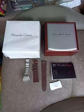 Di jual jam tangan merek alexsander Cristy lengkap kotak,buku,kartu,jm