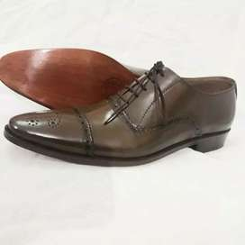 Handmade leather shoes real