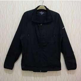 Nike stormfit windbreaker jaket
