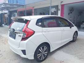 Jual JAZZ RS CVT (GK5) PUTIH th 2015