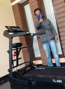 Treadmill TL 680/3 FUNGSI Treadmill elektrik 2 hp