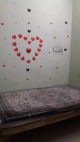 BEDS  SYSTEM FOR GIRLS.