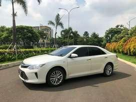 Toyota Camry 2.5 V Putih mutiara jarang ada