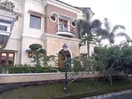 Rumah Plus Perabot LT 256 m2 Hook 2 Muka Casagrande Dekat UPN,UII