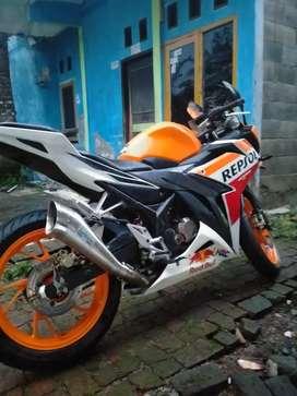 CBR REPSOL 150 cc