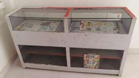 Counter desk Rs1000