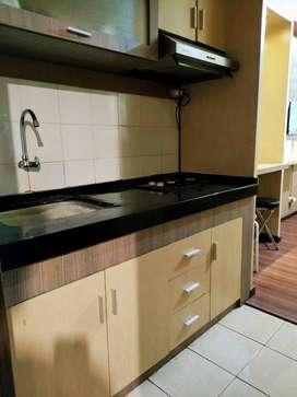 Menyewakan Apartemen The Suites Metro Harga Terjangkau, Nyaman, Murah