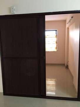 2 bhk first floor unichira edappally with car parking