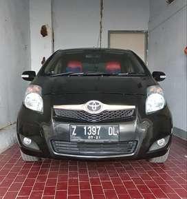 Jual Toyota Yaris Tahun 2011 Hitam metalik