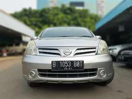 Nissan Grand Livina Ultimate 1.5 At 2011