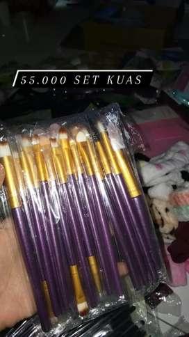 Set kuas makeup