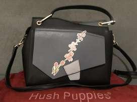 Jual tas wanita merek Hush Puppies blue