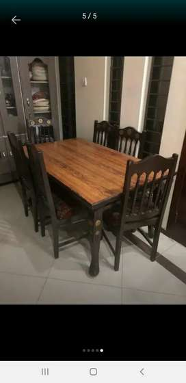 Solid wooden dining with six chairs new polish new poshish