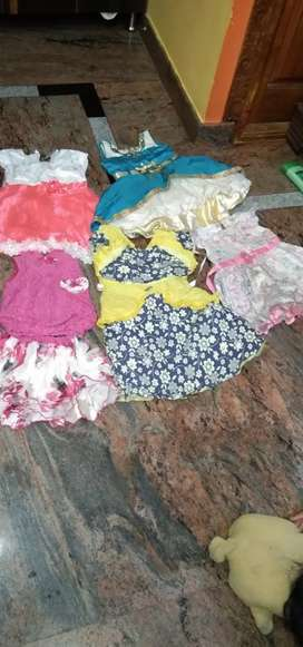 Used kids wear..good condition per pc/10rs
