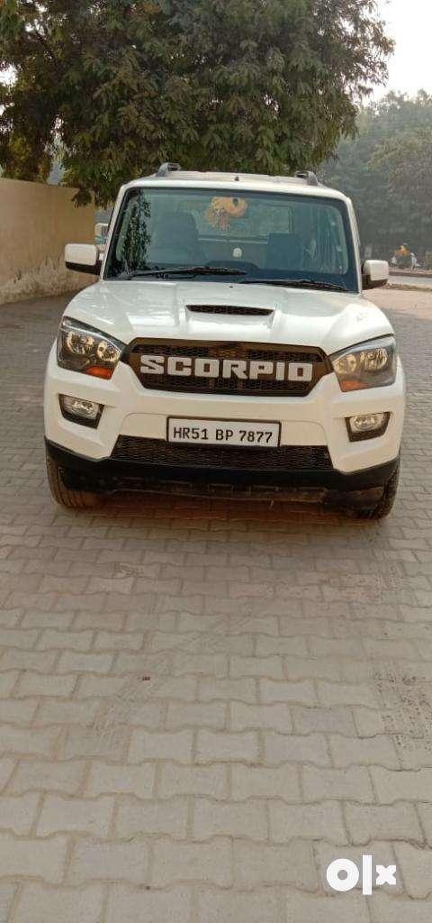 Mahindra Scorpio S6 Plus, 2017, Diesel 0