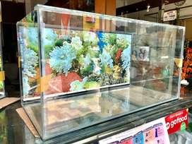 Aquarium paket + background. Tinggal masuk ikan
