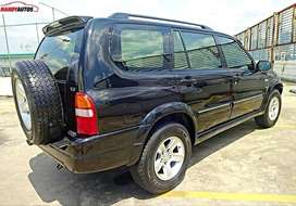 Suzuki Grand Escudo 2.5 XL-7 AT Tahun 2004 Black - Handy Autos
