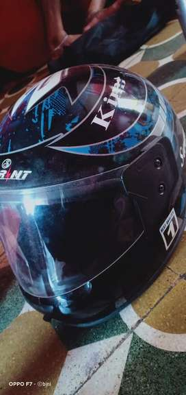 Men helmet