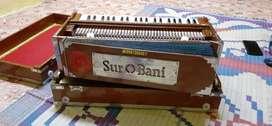 Harmonium 6 month used