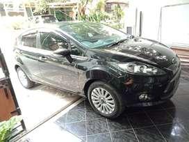 Ford Fiesta1.4 AT/ 2013