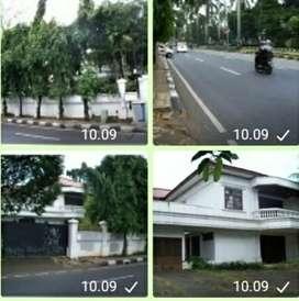 Dijual rumah tua hitung tanah bawah NJOP Pondok Indah