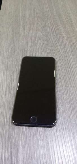 Iphone 7 plus 128gb brand new condition with full kit