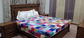 Pure Sheesham Double Bed