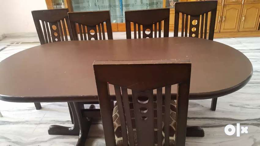 Dining table with chairs 0