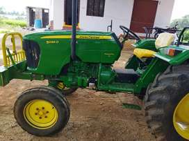 John Deere tractor for sale is in mint condition