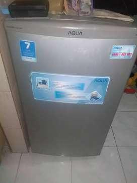 Kulkas freezer like new