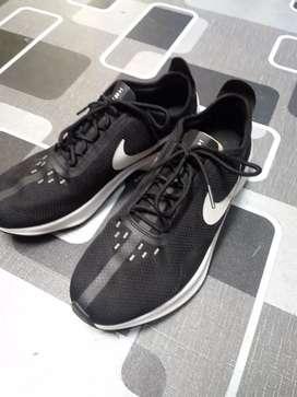 Nike exp Z07 size 42