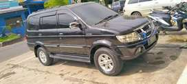 Isuzu panther grand touring 2.5 manual 2010 hitam