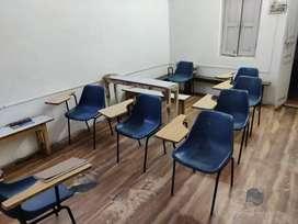 Coaching hall