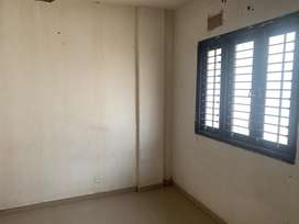 3 bhk Naked Raw house for Rent