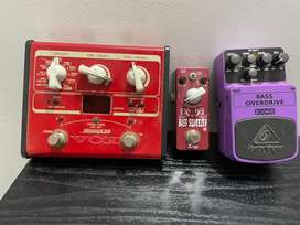Vox Stomplab 1B/Boss Overdrive BOD400/Xvive Bass Squeezer Pedals