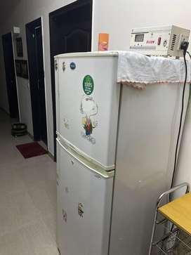 Samsung 310 lt 2 door 3 star fridge