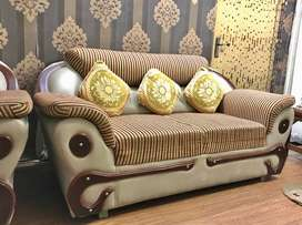 Sofa Set (3 +2 +1) Solid wood in good condition