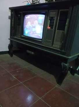 TV kuno normal dan murah