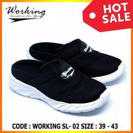 Sepatu slop working santai bayar ditempat