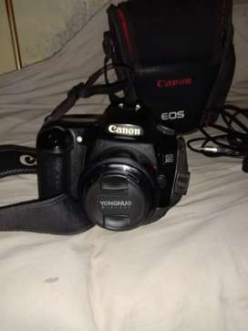 Camera Canon 30d 55mm lance  10by 9 condition